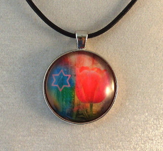 Glass Pendant - Flowers with Star of David