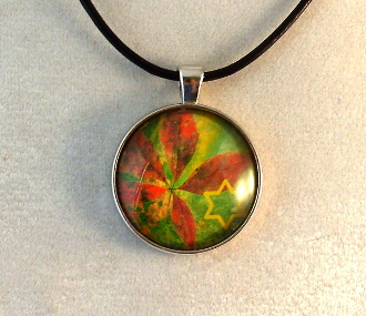 Glass Pendant - Leaves of Green with Star of David I