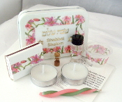 Travel Shabbat Kit - Pink Tiger Lilies
